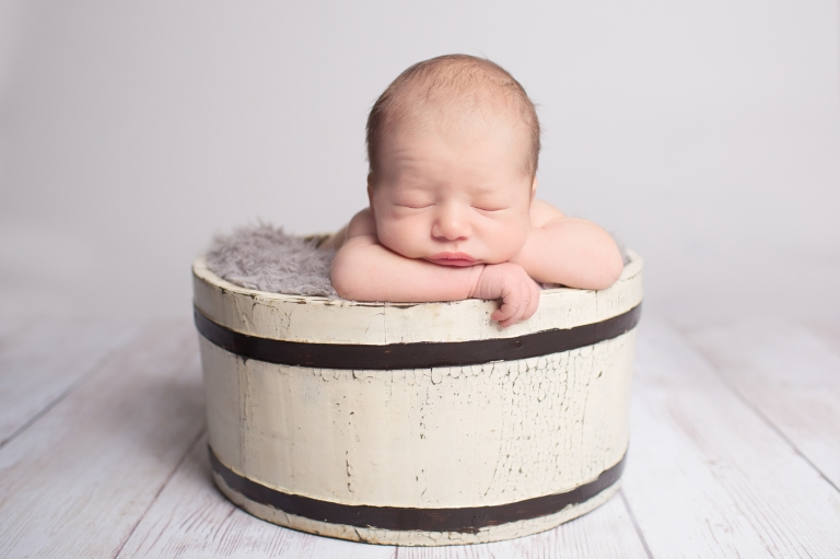 newborn photographer near me Bath Bristol