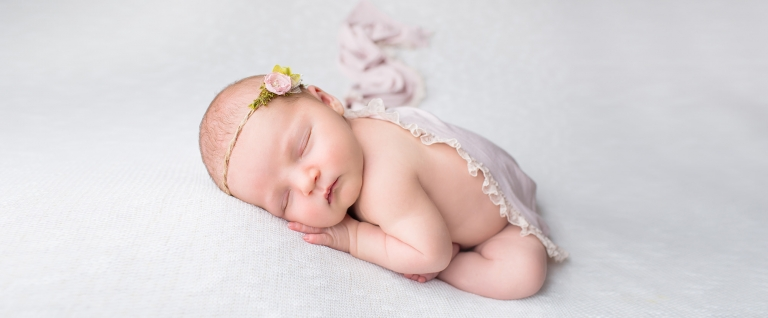 Baby photographer in Bath Bristol Avon Somerset Gloucestershire