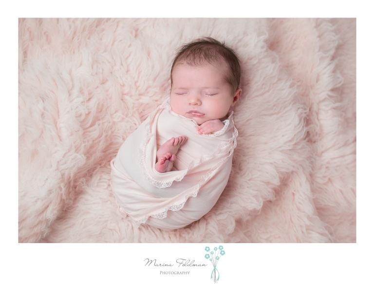 Newborn photographer near keynsham